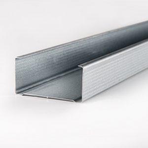 Montantes para sistemas de fachada